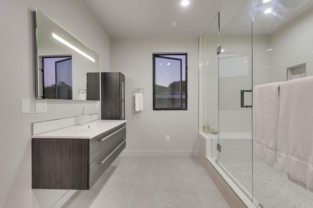 Cool Modern Kitchen In Los Angeles Ca Modern Bathroom Los Angeles By Bauformat