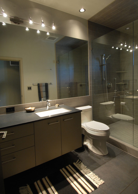 Coop 15 Architecture modern-bathroom