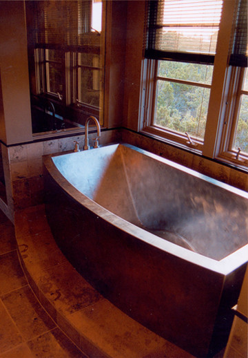 Beau Copper Bathtub