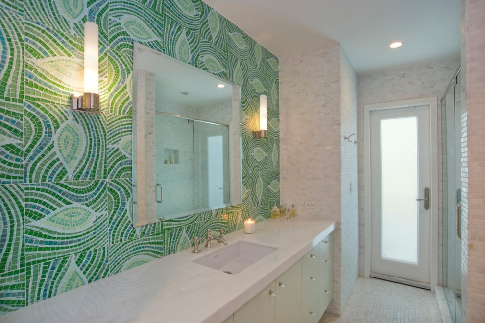 Coral Gables: Jack & Jill Bathroom