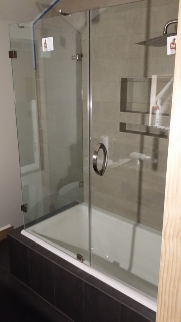 Corner Tub Frameless Glass Enclosure ShowerGuard With Portals Hardware M