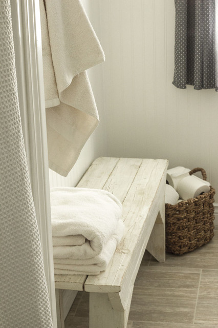 Country Home Refresh On A Budget Rustic Bathroom Other Metro By Refre