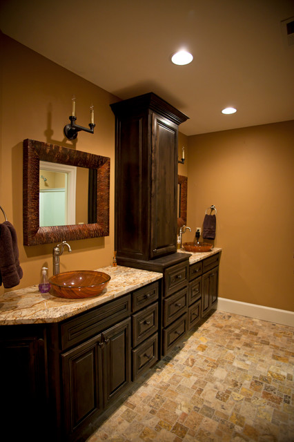 Country traditional-bathroom