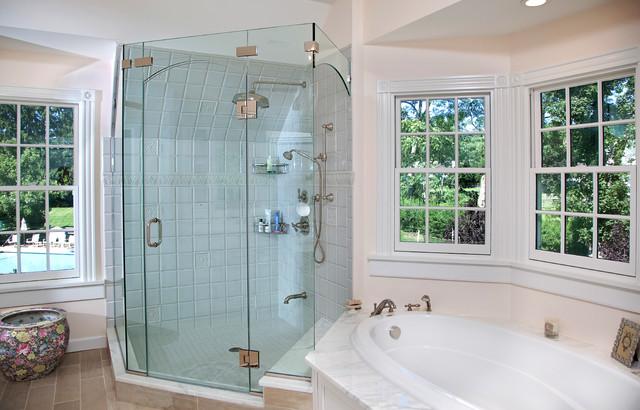 Country Style Bathroom - Traditional - Bathroom - Newark - by Kuche+Cucina
