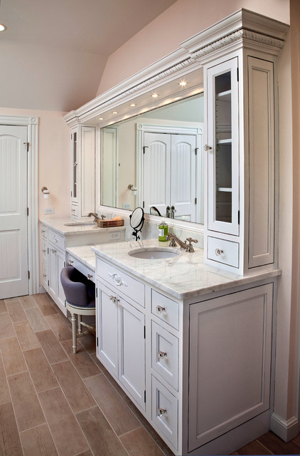 Country Style Bathroom - Traditional - Bathroom - newark - by Kuche+Cucina
