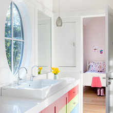Courtyard Residence Kid's Bath