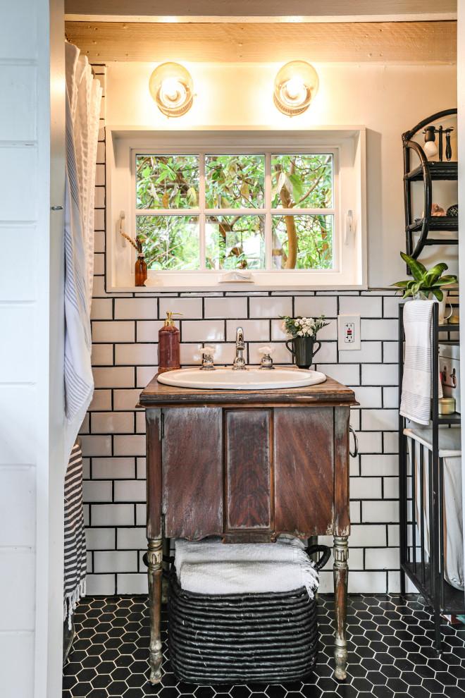 Cozy & Cute Tiny House - Farmhouse - Bathroom - Portland ...