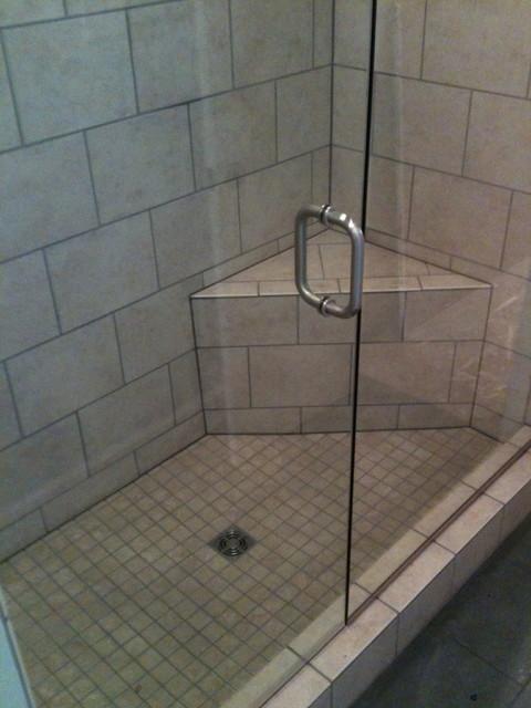 Cozy bathroom, North Lubbock contemporary-bathroom