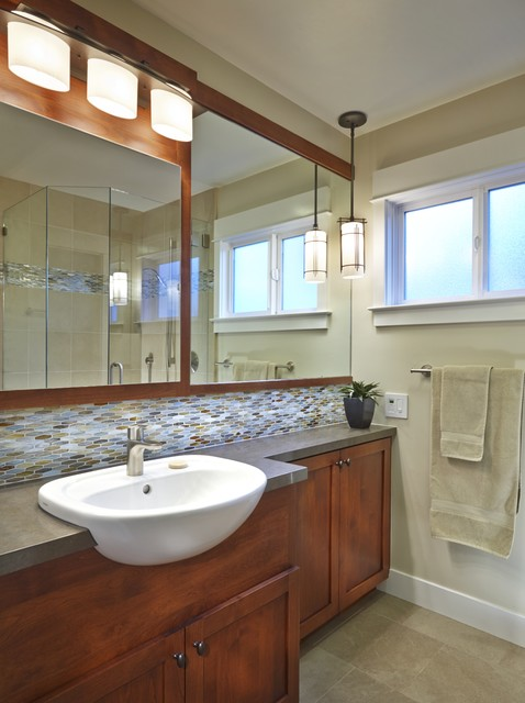 Craftsman Style Bathroom With Colorful Accents Craftsman