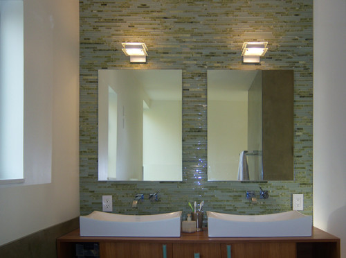 How Were Mirrors Mounted On Tile Wall Is There Tile Behind The Mirrors