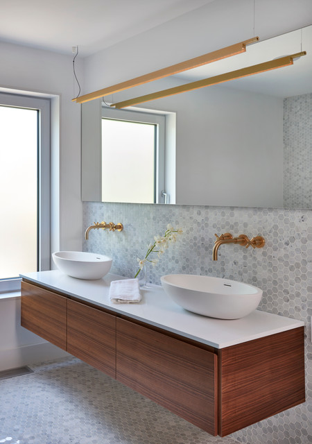 Crawford Street Modern Bathroom Toronto By