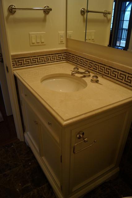 Crema marfil and dark emperador marble for Crema marfil bathroom countertop