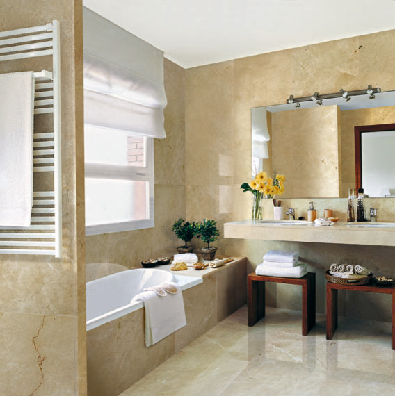 Crema marfil bathrooms traditional bathroom dallas for Crema marfil bathroom designs