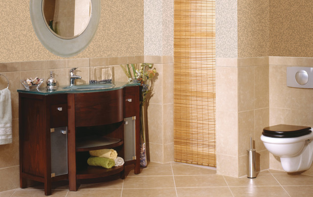 Crema marfil marble bathroom floor traditional for Crema marfil bathroom ideas