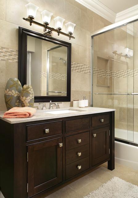 Bath units traditional-bathroom