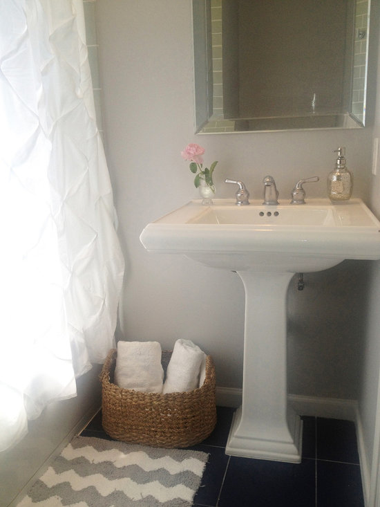 Light French Grey Bath Design Ideas Pictures Remodel Decor