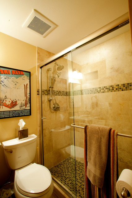 Crystal Mountain Ski Condo traditional-bathroom