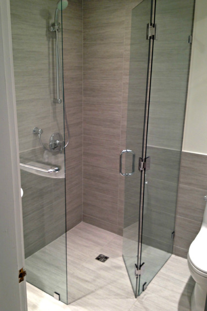 Curbless Frameless Corner Shower Neo Angle Frameless Showers