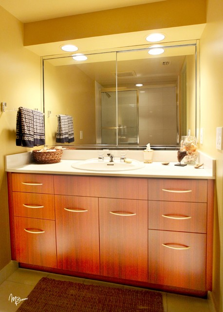 Custom bathroom vanities for Custom bathroom cabinets