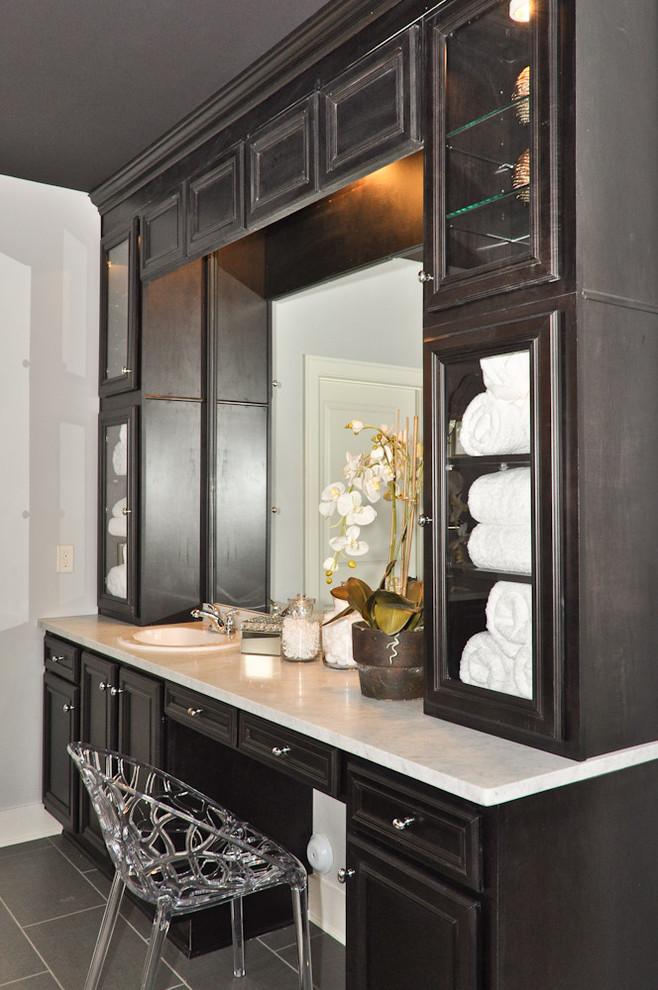 Bathroom - traditional bathroom idea in Birmingham with granite countertops