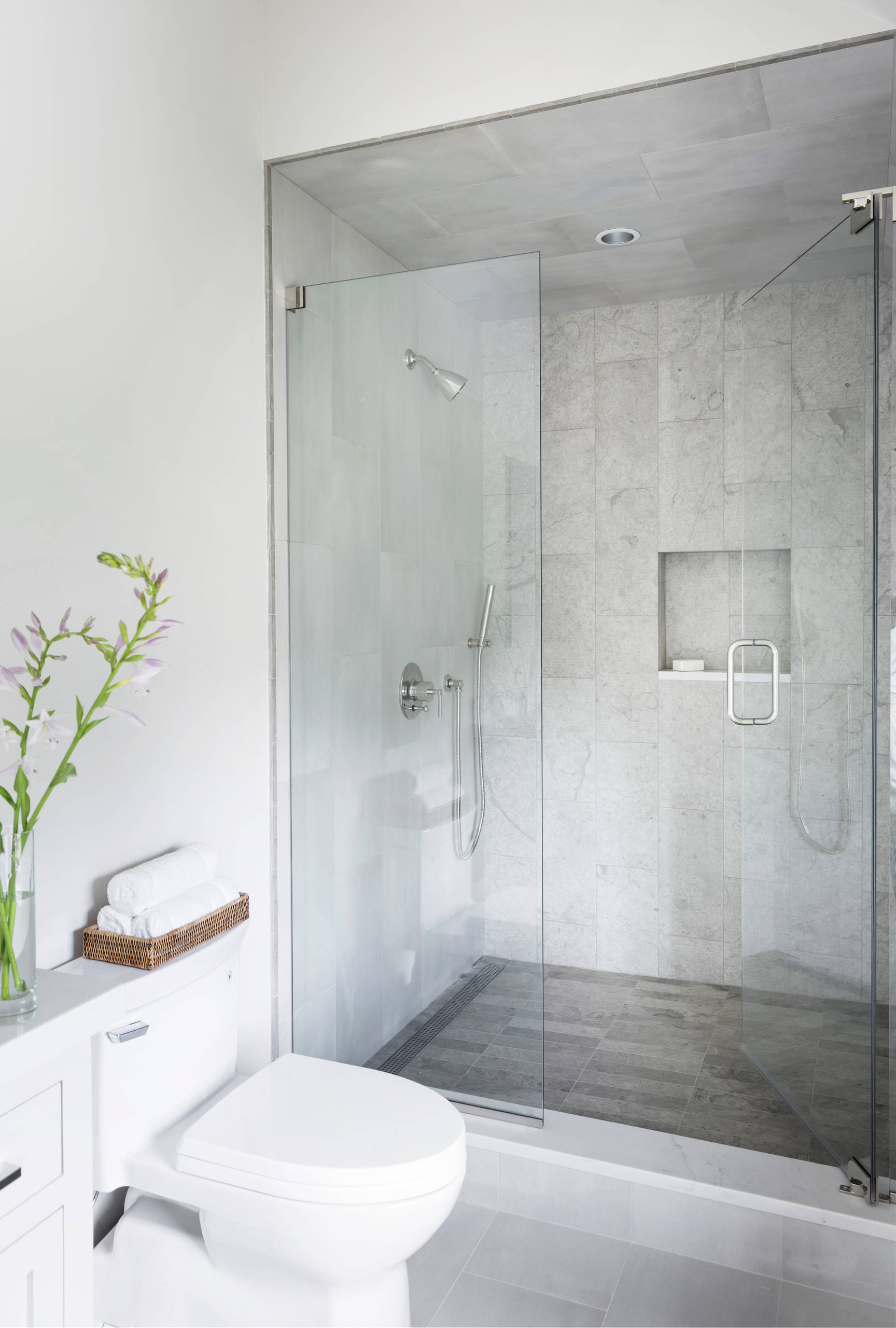 75 Beautiful Small Modern Bathroom Pictures Ideas March 2021 Houzz