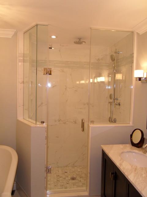 Most popular shower door designs modern bathroom for Most modern bathrooms