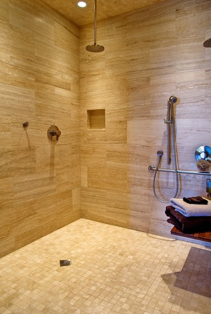 Custom Home by Rob Carpenter Construction: Saddle Springs contemporary-bathroom