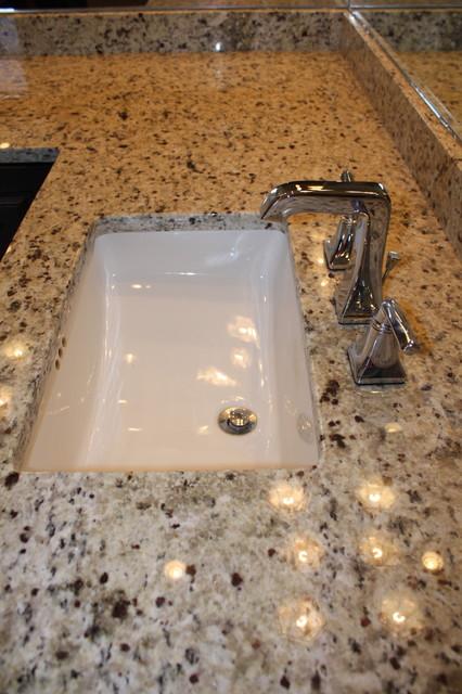 Custom Home traditional-bathroom
