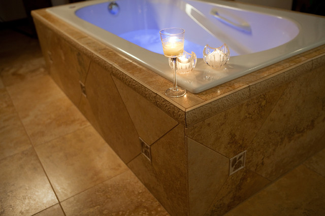 Custom Tiled Whirlpool Bath, Etched Glass Shower Doors - Modern ...