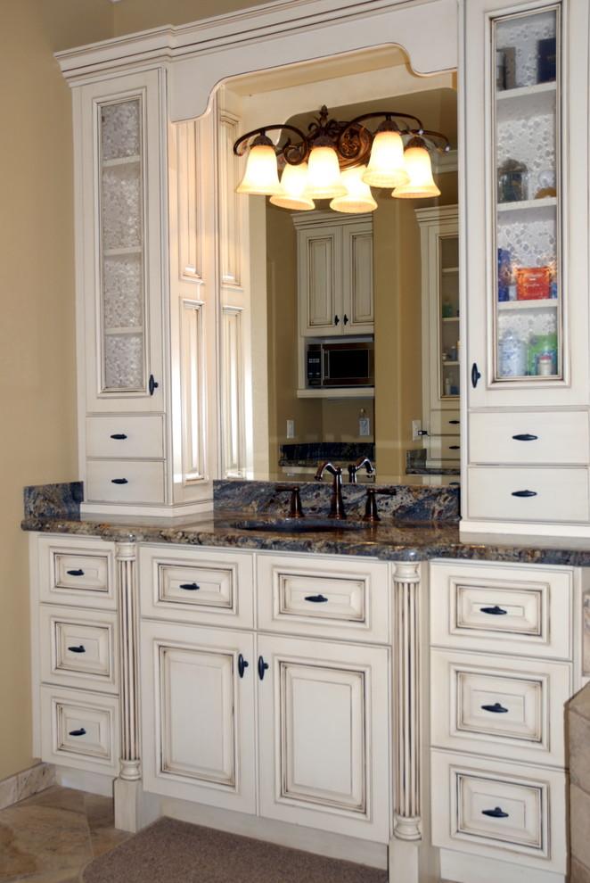 Custom Traditional - Traditional - Bathroom - Orange ...