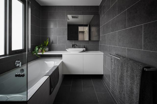22 Bathrooms That Rock A Narrow Floor Plan Houzz Nz