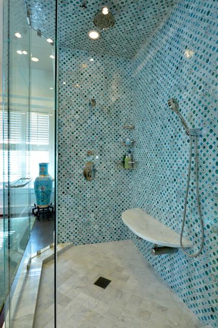 Dallas Extreme! contemporary-bathroom