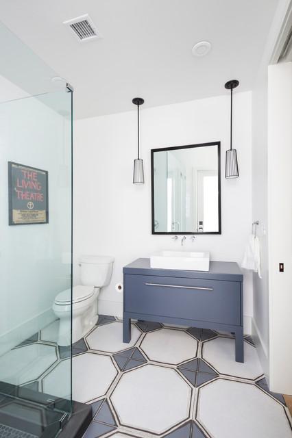 Danalda Residence transitional-bathroom