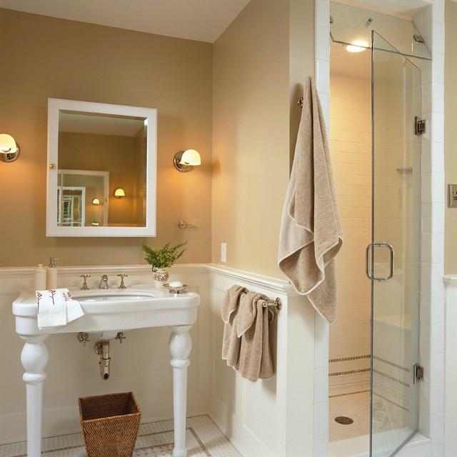 Darien traditional-bathroom