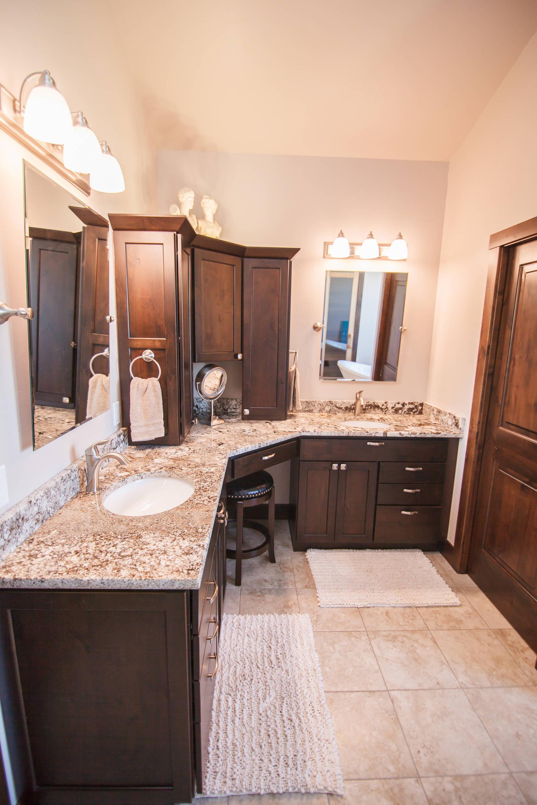 Dark Elegance | Kitchen & Master Bathroom