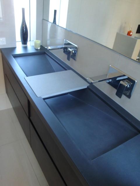 David reid show home queenstown new zealand for Bathroom design queenstown