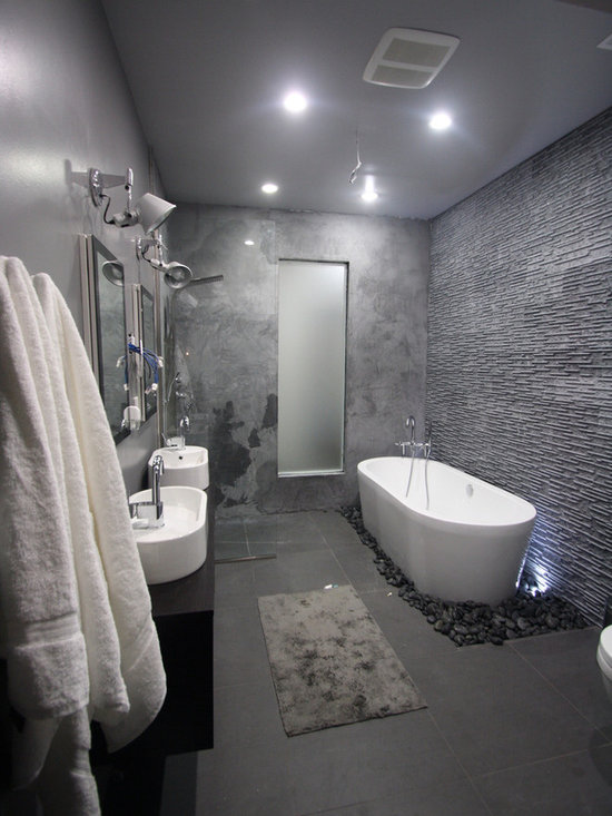 Grey bathroom home design ideas pictures remodel and decor for B q bathroom suites