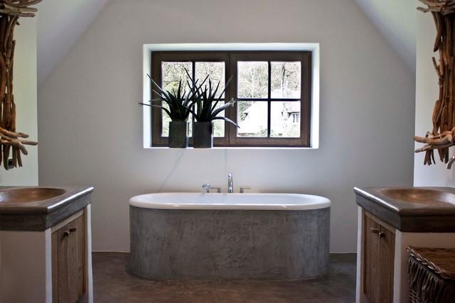 De appelboom Kapellen contemporary-bathroom