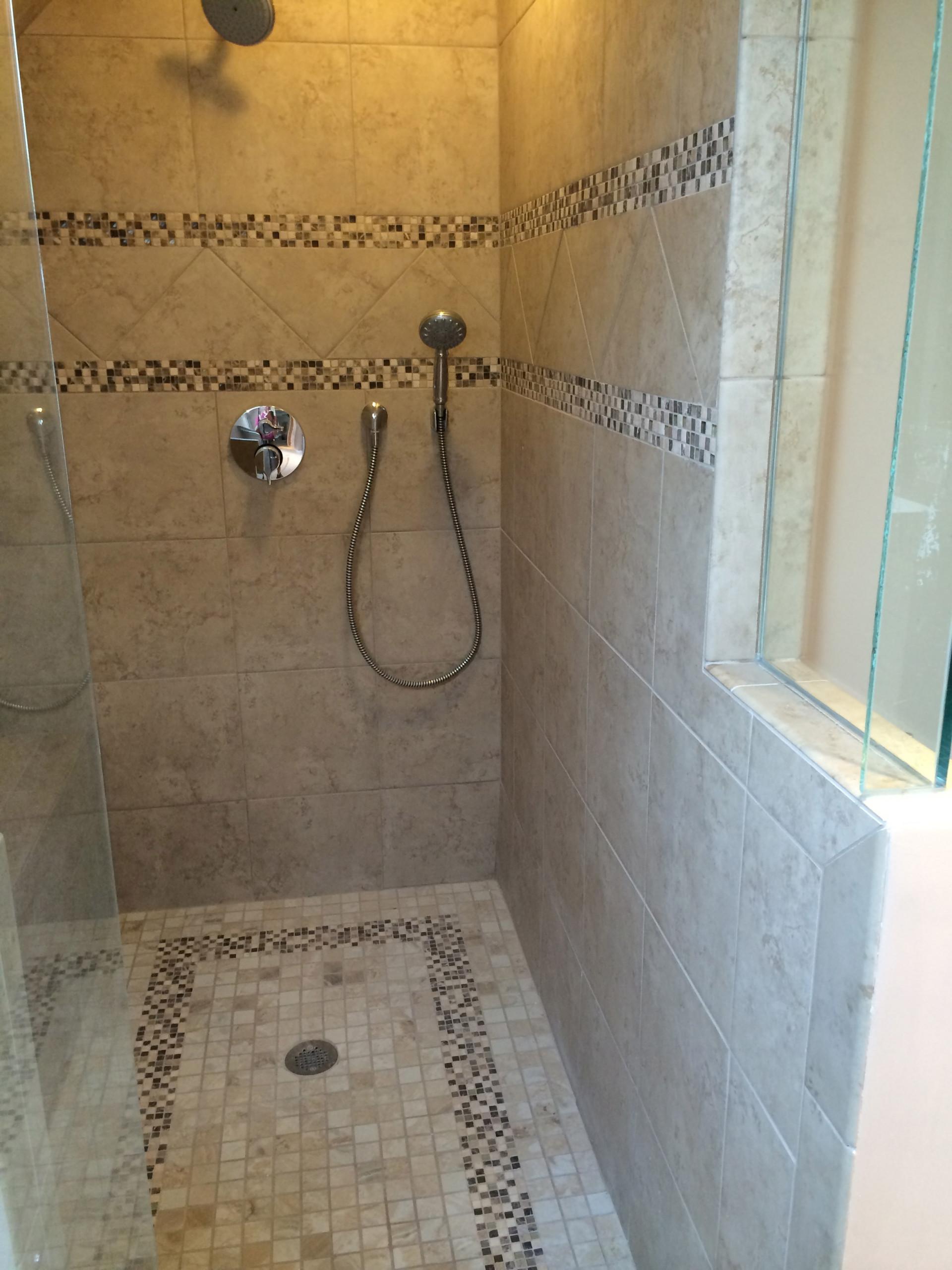 Decatur, Bonus Room Bath
