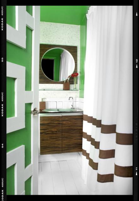 Decor Demon's Loft eclectic-bathroom