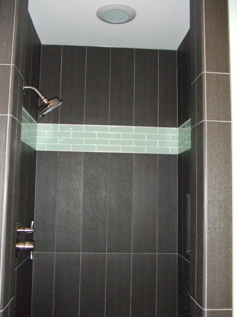 Decorator guru contemporary-bathroom