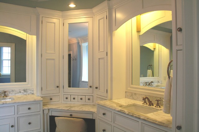 Traditional Bathroom Other Metro By Viking Kitchen Cabinets