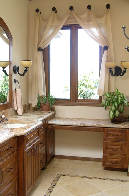Design decor spanish colonial bathroom by fresh for Spanish colonial bathroom design