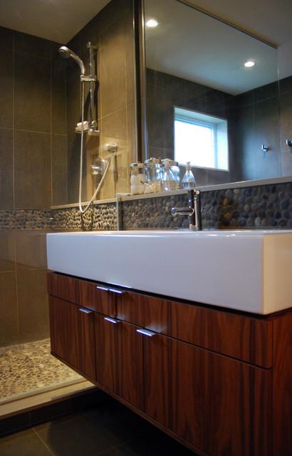 design studio Hodgson modern-bathroom