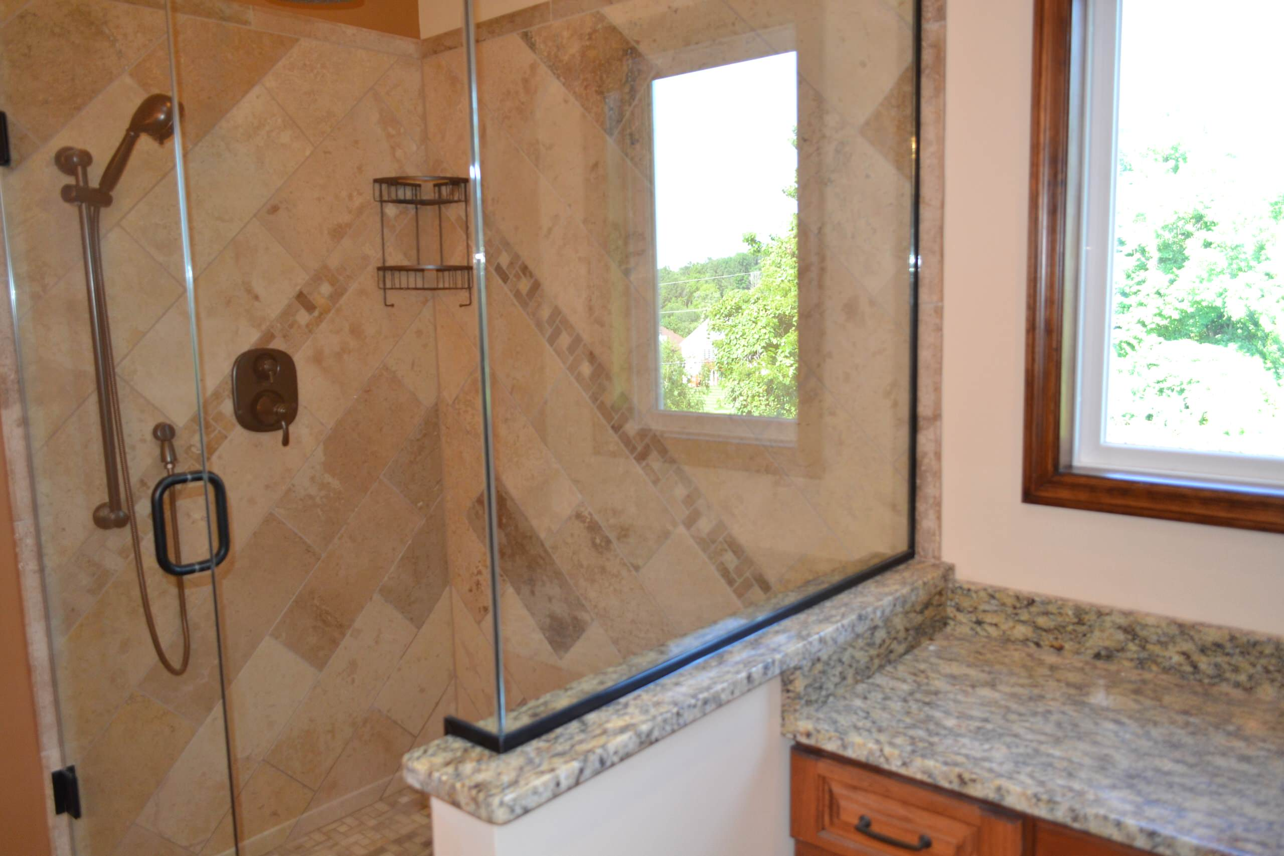 Diagonal travertine tile