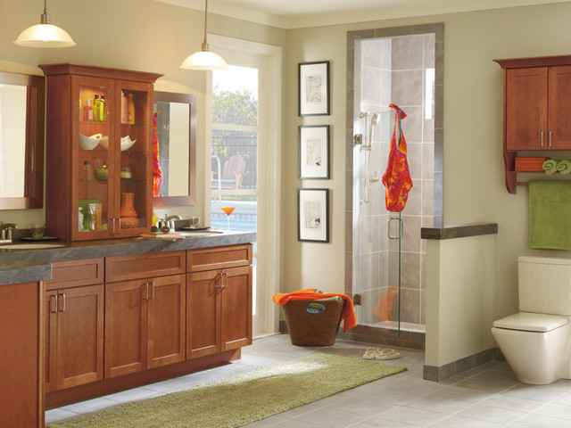 Diamond Cabinets Contemporary Bathroom