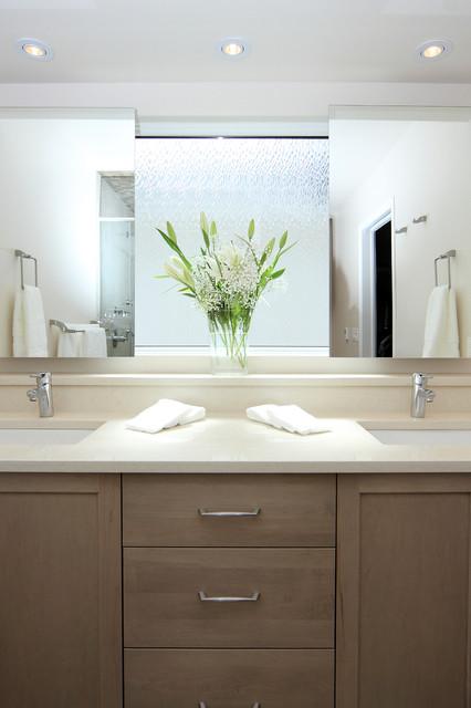 Diamond cove transitional bathroom calgary by for Bathroom decor calgary