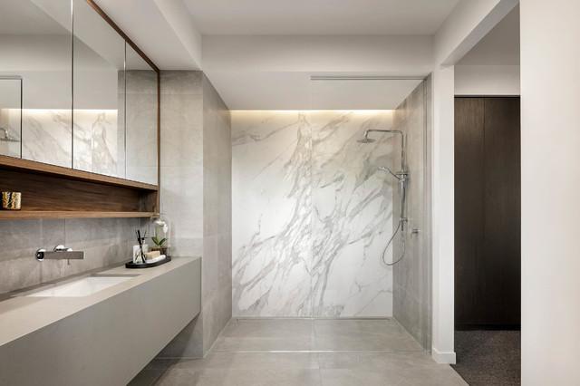 Display Home Riviera 65 Contemporary Bathroom Gold