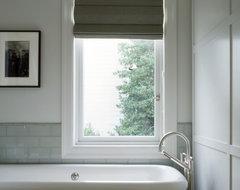 Schwartz and Architecture traditional-bathroom
