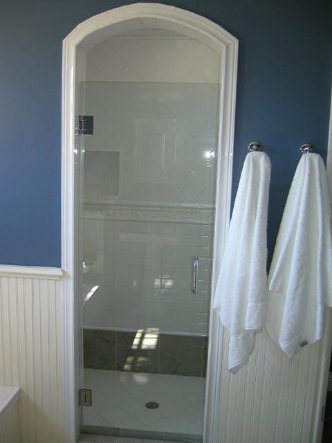 Donahue Paye Interior Design traditional-bathroom